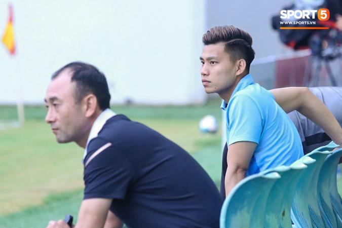 HLV Hoàng Anh Gia Lai giải thích về chấn thương của Văn Thanh bằng lý do không ngờ